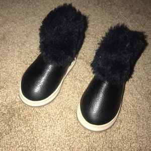Other - Toddler girl black fur boots